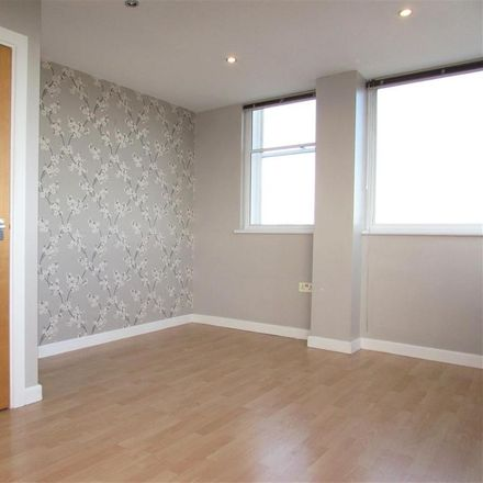Rent this 1 bed apartment on Aldi Car Park in Church Street, Dunstable LU6 1JU