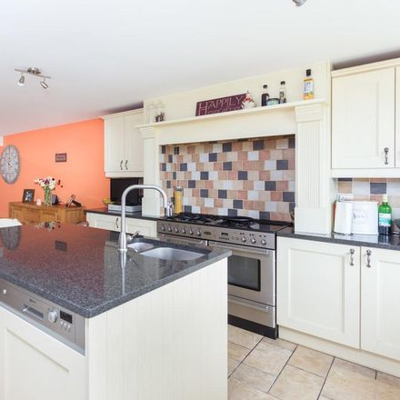 Rent this 4 bed house on 68 Ashby Road in North West Leicestershire DE74 2DJ, United Kingdom
