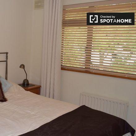 Rent this 3 bed room on Ard Na Mara in Malahide-West ED, Malahide