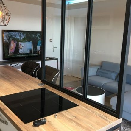 Rent this 2 bed apartment on Avignon in Quartier Sud Rocade, PROVENCE-ALPES-CÔTE D'AZUR