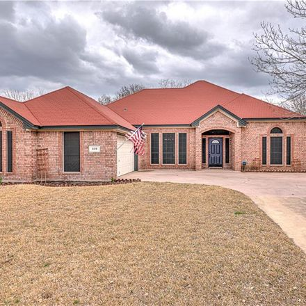 Rent this 4 bed house on 609 Pomegranate Circle in Harker Heights, TX 76548
