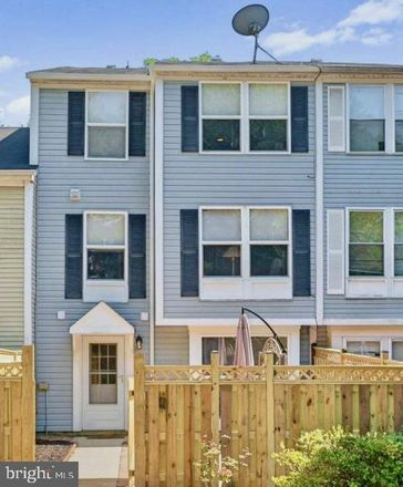 Rent this 3 bed townhouse on 13309 Whitechurch Circle in Germantown, MD 20874