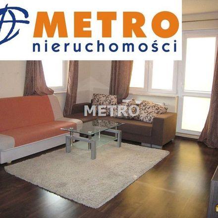 Rent this 3 bed apartment on Młodzieżowy Dom Kultury nr 2 im. dra Henryka Jordana in Stanisława Leszczyńskiego, 85-139 Bydgoszcz