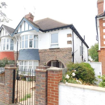 Rent this 2 bed apartment on Braemore Road in Hove BN3 4JA, United Kingdom