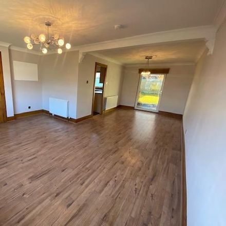 Rent this 3 bed house on Newburgh Crescent in Aberdeen AB22 8SU, United Kingdom