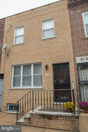 Rent this 3 bed townhouse on 921 Mountain Street in Philadelphia, PA 19148
