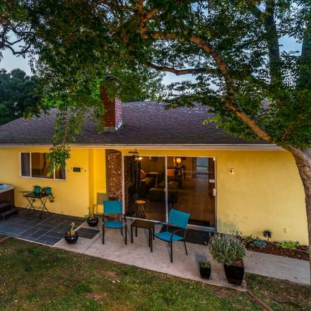 Rent this 3 bed house on Santa Barbara