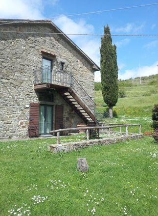 Rent this 2 bed apartment on Praticino in Via del Praticino, 52026 Castelfranco Piandiscò AR