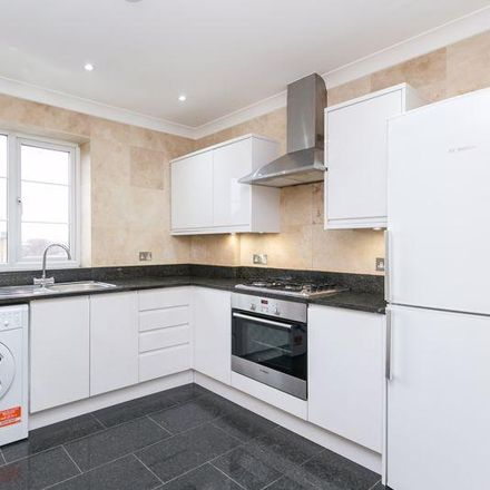 Rent this 3 bed apartment on Bowes Park in Powys Lane, London N13 4NS