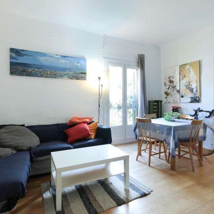 Rent this 2 bed room on Plaça del Bonsuccés