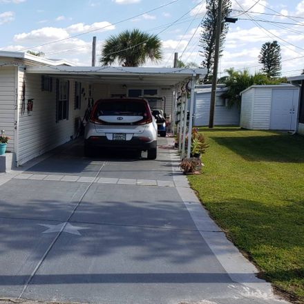 Rent this 2 bed house on Ruskin