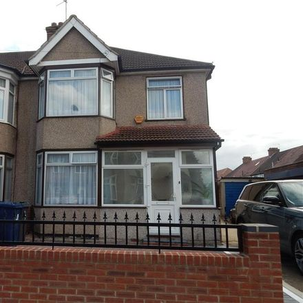 Rent this 4 bed house on Denbigh Road in London UB1 2RR, United Kingdom