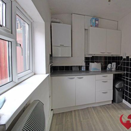 Rent this 2 bed apartment on Bearwood Chapel Community Café in Bearwood Road, Sandwell B66