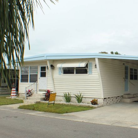 Rent this 2 bed house on 1415 Main Street in Palm Harbor, FL 34698
