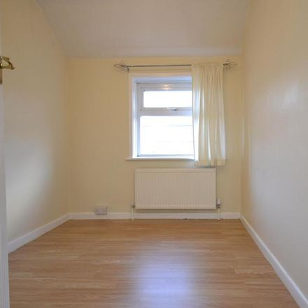 Rent this 3 bed house on Union Road in Bristol BS2 0LP, United Kingdom