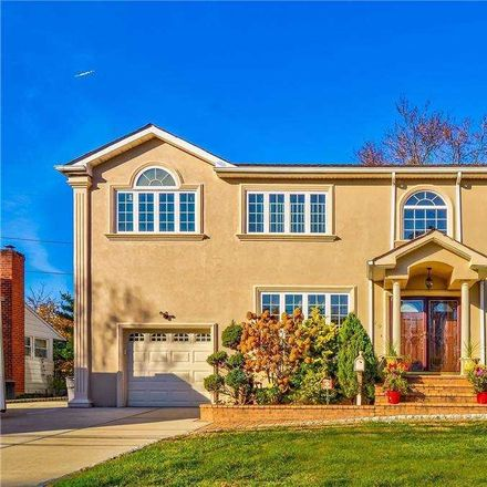 Rent this 4 bed house on 19 Miller Boulevard in Syosset, NY 11791