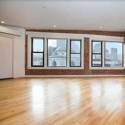 Rent this 4 bed loft on 75 Bowery in New York, NY 10002