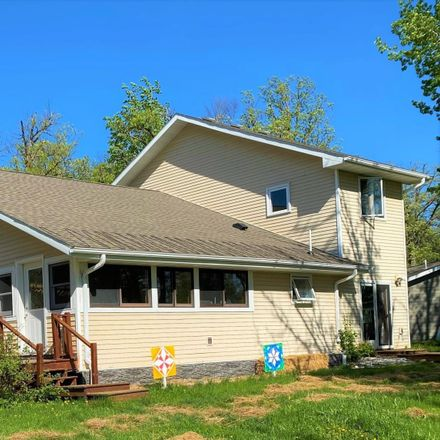Rent this 3 bed loft on 2673 Oak Loop NW in Baudette, MN