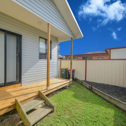 Rent this 1 bed apartment on 7A Balmain Road