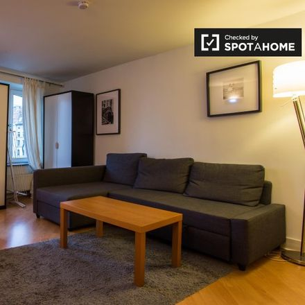 Rent this 1 bed apartment on Place du Samedi - Zaterdagplein 6 in 1000 Ville de Bruxelles - Stad Brussel, Belgium