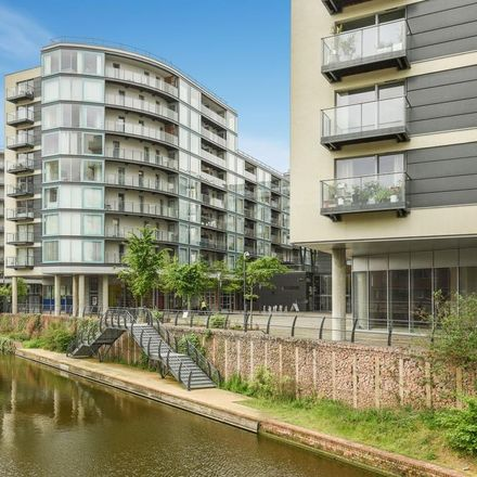 Rent this 2 bed apartment on Tesco Express in Station Approach, London UB3 4BH
