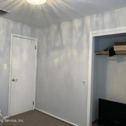 Rent this 3 bed house on 184 Cortelyou Avenue in New York, NY 10312