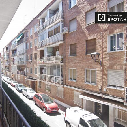 Rent this 5 bed apartment on Calle Turina in 28807 Alcalá de Henares, Spain