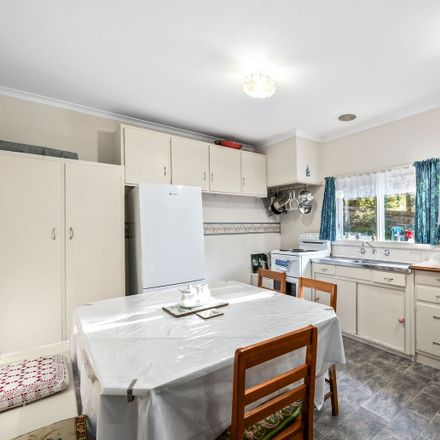 Rent this 3 bed house on 57 Quarry Road