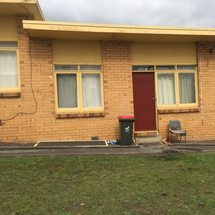 Rent this 1 bed apartment on 4/42 Murray Road