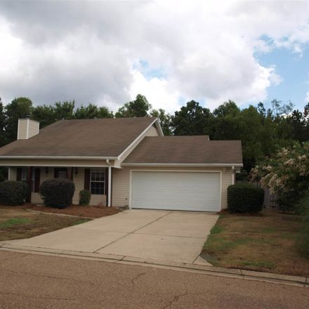 Rent this 3 bed house on 328 Swan Dr in Brandon, MS