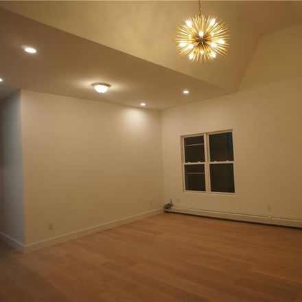 Rent this 6 bed townhouse on 78th St in Brooklyn, NY