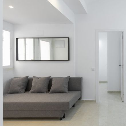 Rent this 2 bed apartment on Travesía de Marina Vega in 4, 28001 Madrid