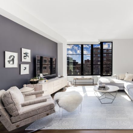 Rent this 3 bed condo on 345 Carroll Street in New York, NY 11231