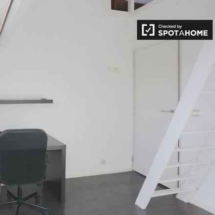 Rent this 2 bed apartment on Avenue de la Chasse - Jachtlaan 45 in 1040 Etterbeek, Belgium