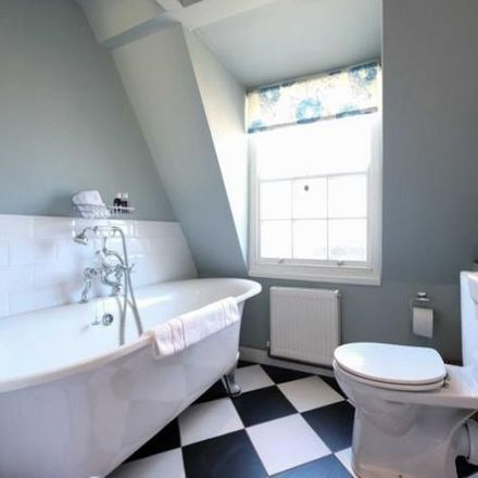 Rent this 7 bed apartment on Beau Nash antiques in Brock Street, Bath BA1 2LW