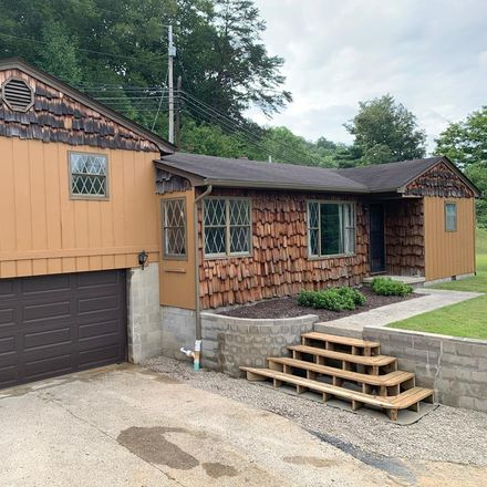 Rent this 3 bed house on Co Rd 7c in Ironton, OH