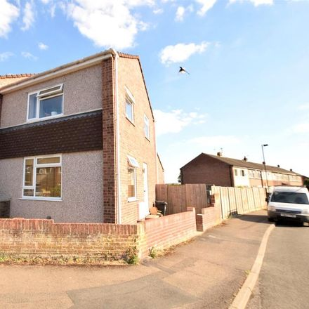 Rent this 2 bed house on Highworth Crescent in Yate BS37, United Kingdom