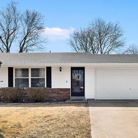 Rent this 3 bed house on 25 Blackwood Lane in Saint Peters, MO 63376