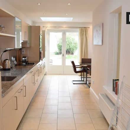 Rent this 3 bed apartment on 15 Macken Street in South Dock ED, Dublin
