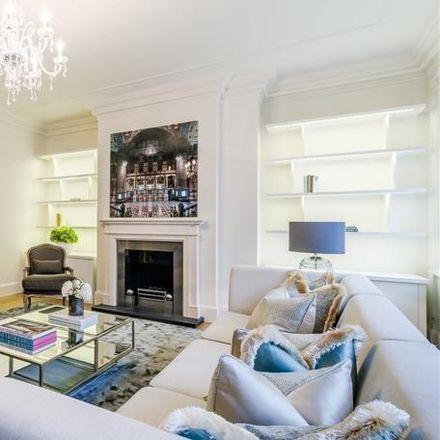 Rent this 3 bed apartment on 55-73 Duke Street in London W1K 6JA, United Kingdom