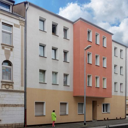 Rent this 3 bed apartment on Dorotheenstraße 16 in 47226 Duisburg, Germany