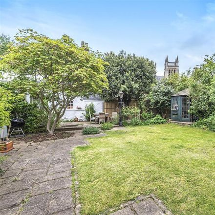 Rent this 3 bed house on 291 Richmond Road in London TW1 2NH, United Kingdom