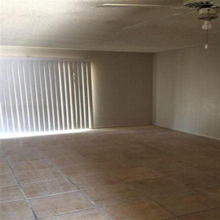 Rent this 2 bed condo on East Kathleen Road in Phoenix, AZ 850822