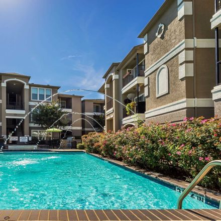 Rent this 1 bed apartment on Vail Street in Dallas, TX 75006:75287