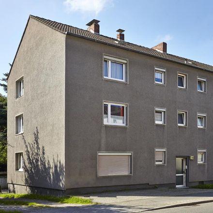 Rent this 3 bed apartment on Dümptener Straße 13 in 45476 Mülheim, Germany