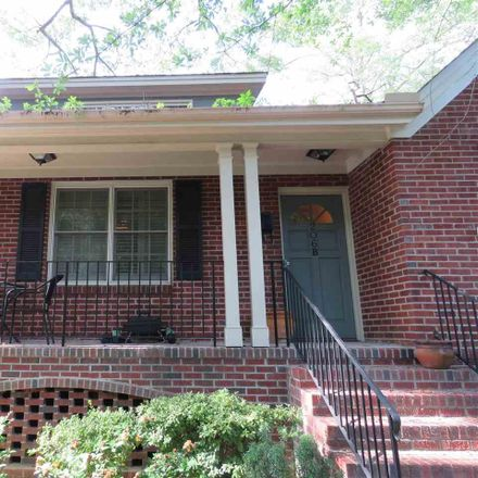 Rent this 2 bed apartment on 206 Ridgeland Drive in Greenville, SC 29601