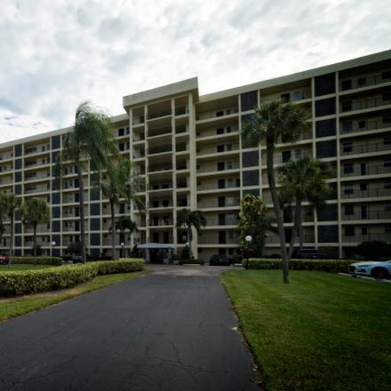 Rent this 3 bed apartment on 3100 North Palm Aire Drive in Pompano Beach, FL 33069