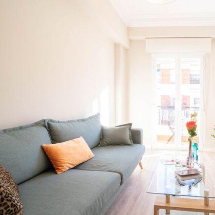 Rent this 2 bed apartment on Calle de Rafael de Riego in 39, 28001 Madrid