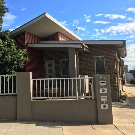 Rent this 2 bed house on 1/150a Gladstone  Street