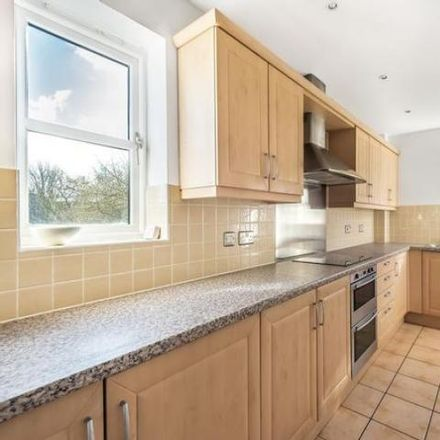 Rent this 2 bed apartment on Henwick Manor Cottage in Tull Way, Henwick RG18 3HA